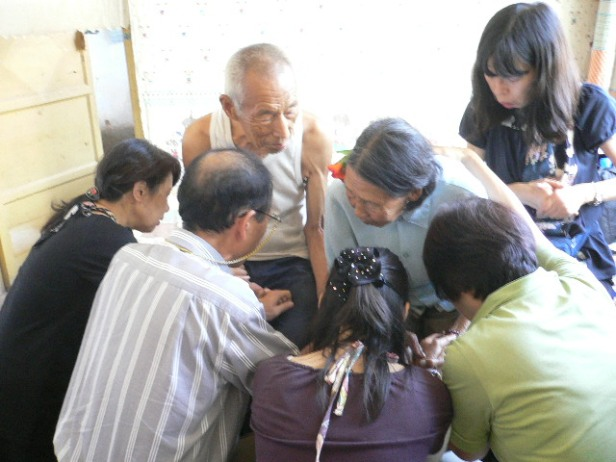 Japanese reconciliation team with L-RHusband_任兰娥_Aug2009